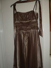 Définitions Élégant fille de bal/robe de soirée, Taille UK 10, EUR Taille 36