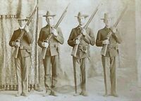 ORIGINAL INDIAN WARS US ARMY INF SQUAD PERCUSSION RIFLE CABINET PHOTO IOWA c1897
