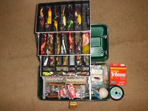 Vintage UMCO 204 Tackle Box Filled w/ 2- Fenwick Reels & Lures + More