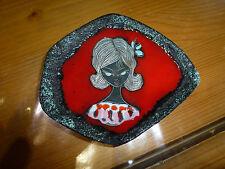 Petit vide poche / cendrier, décor femme années 50, San Marino