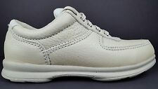 Clarks Women's 8.5 M Cream White Leather Moc Toe Casual Lace Up Oxfords NOS 1998