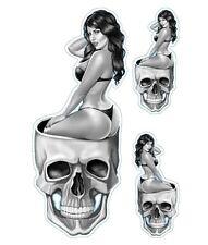 Aufkleber Set Pin Up Babe im Totenkopf Babe Head Sticker Sexy Hot Helm 10x4 cm