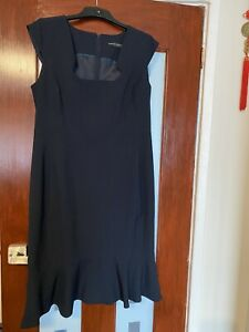 Dorothy Perkins Ladies Size 16 Polyester Suit Dress