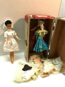 OLD BARBIE DOLL WITH CLOTHES AND CASE