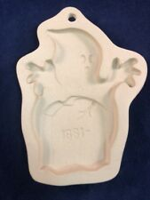 Superstone Cookie Candy Paper Mold Press  Sassafras Enterprises 1996 Ghost