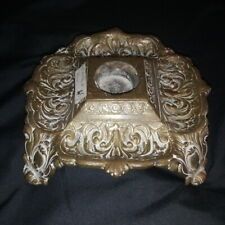 Bougeoir à main en bronze ou base de flambeau, chandelier