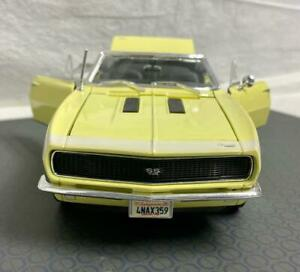 Very Cool MAISTO 1967 Chevrolet Camaro RS/SS 396 Convertible 1/18 Scale