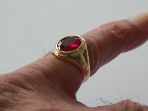 14K YELLOW GOLD SIZE 8 SYNTHETIC RUBY RING