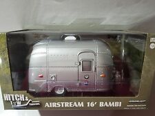 GREENLIGHT HITCH & TOW AIRSTREAM 16' BAMBI GREEN MACHINE CHASE 1/24 LE
