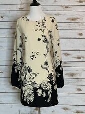 Forever 21 Contemporary Floral Mini Dress Size XS