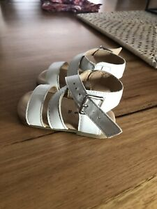Country Road Baby Sandals Size 18