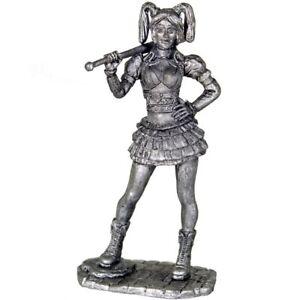 Harley Quinn Tin toy soldiers. 54mm miniature figurine. metal sculpture