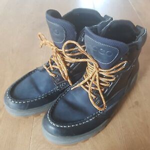 MENS WALKING BOOTS SIZE 8 ECCO TRACK FOOTWARE GORE-TEX NAVY BLUE THICK LEATHER