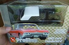 AMT 1962 FORD THUNDERBIRD PRO SHOP BLACK 1/25 Model Car Mountain KIT FS
