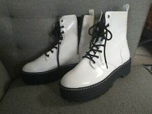 Divided HM White Pleather Boots wannabe dr Martins vegan leather plastic 9.5 new