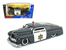 1951 Mercury Police 1:24 Diecast Model - 92454