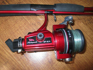 Shakespeare SP 40 K Fishing Reel and 6' Action M SP 60-2 M R Pole Red