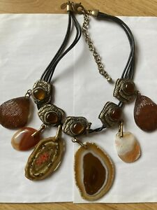 Vintage Costume Jewellery Agate Slice And Resin Beads Leather Chiccos Necklace