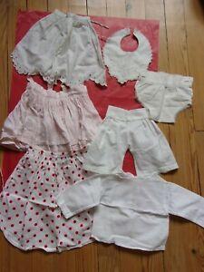 LOT DE 7 VETEMENTS ANCIENS de bébé pour poupon ou grande poupée