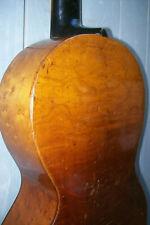 alte, antike Gitarre um 1840