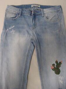 Jeans (Destroyed) Tally Weijl Gr. 40 mit Stickerei und Applikationen