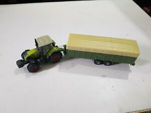 SIKU 1863 LIVESTOCK CATTLE TRAILER and tractor 1:87