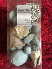 Natural Earthy Potpourri Floral Decor  Seaside Colour Blue New And Boxed