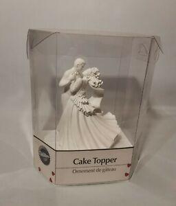Wilton Wedding Cake Topper Porcelain Figurine - Wedding Couple Dancing - NEW