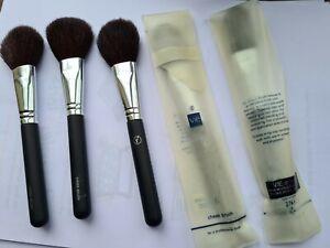 Cheek brushes (Vie)