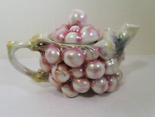 ROYAL BAYREUTH PORCELAIN TEAPOT - CLUSTER GRAPES WHITE SATIN PEARL LUSTRE