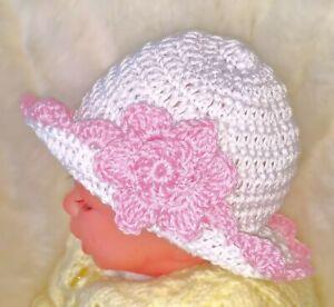 HANDMADE CROCHETED BABY GIRLS WHITE SUN HAT shower gift 100% cotton flower brim