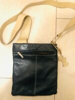 Lovely Medium Black & Beige Leather Radley Cross Body Messenger Pocket Bag