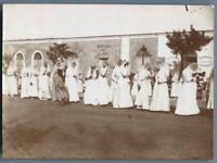 Tunisie, La Goulette (حلق الوادي), Procession de la Fête Dieu. Filles Italiennes