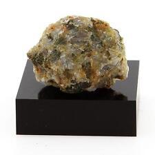 Feldspar syenite. 32.8 cts. Grenville, Québec, Canada