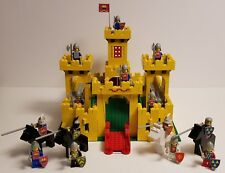 LEGO Castle Yellow Knight Castle (375) – Retired - Vintage