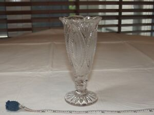"""Crystal Bud Vase glass flower scalloped rim clear 5 3/4"""" tall ~"""