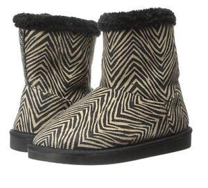 NEW Vera Bradley Cozy Booties in Zebra Print Print  Size 7-8