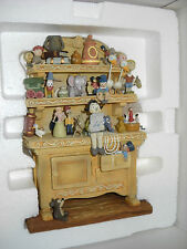 "Walt Disney Classic Collection Pinochio Geppetto's Toy Hutch"" MIB complete COA"