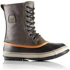 Stivali, anfibi e scarponcini