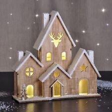 Haus Weihnachtsbeleuchtung.Weihnachtsbeleuchtung Haus In Lichterketten Zur Weihnachtsdekoration