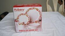 NEW Mulberry Home Collection Porcelain  Christmas 16-Piece dinnerware set