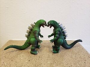 """Lot of 2 VTG Godzilla 6"""" tall 1985 Imperial Action Figure Toy Toho Japan Monster"""