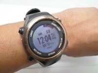 Seiko Epson Runsense GPS Running Watch S85G6 SF-850 Quartz Digital (Black)