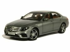 Limousines miniatures gris Mercedes