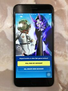 iphone 8 plus with Fortnite Install