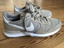 Nike Internationalist Weiß in Damen Turnschuhe & Sneakers