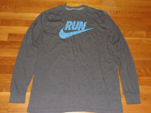 NIKE REGULAR FIT LONG SLEEVE T-SHIRT MENS XL EXCELLENT CONDITION