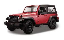 Maisto Jeep Wrangler modello 2014 ROSSO CON nero tettuccio/baldacchino, 1:18