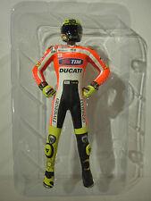 FIGURINE VALENTINO ROSSI UNVEILING 2011 pilote moto au 1/12 MINICHAMPS 312110846