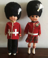 Gorgeous Pair Of Vintage Celluloid Guard Dolls Blue Sleep Eyes 21 Cm Tall